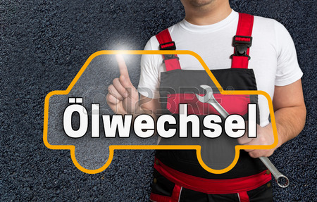 56570152-oelwechsel-in-deutsch-olwechsel-touchscreen-ist-mit-dem-auto-mechanik-betrieben
